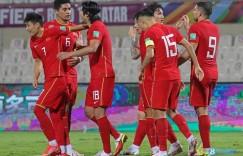足球报:与国外球队热身几无可能,国足只能邀请国内球队踢教学赛