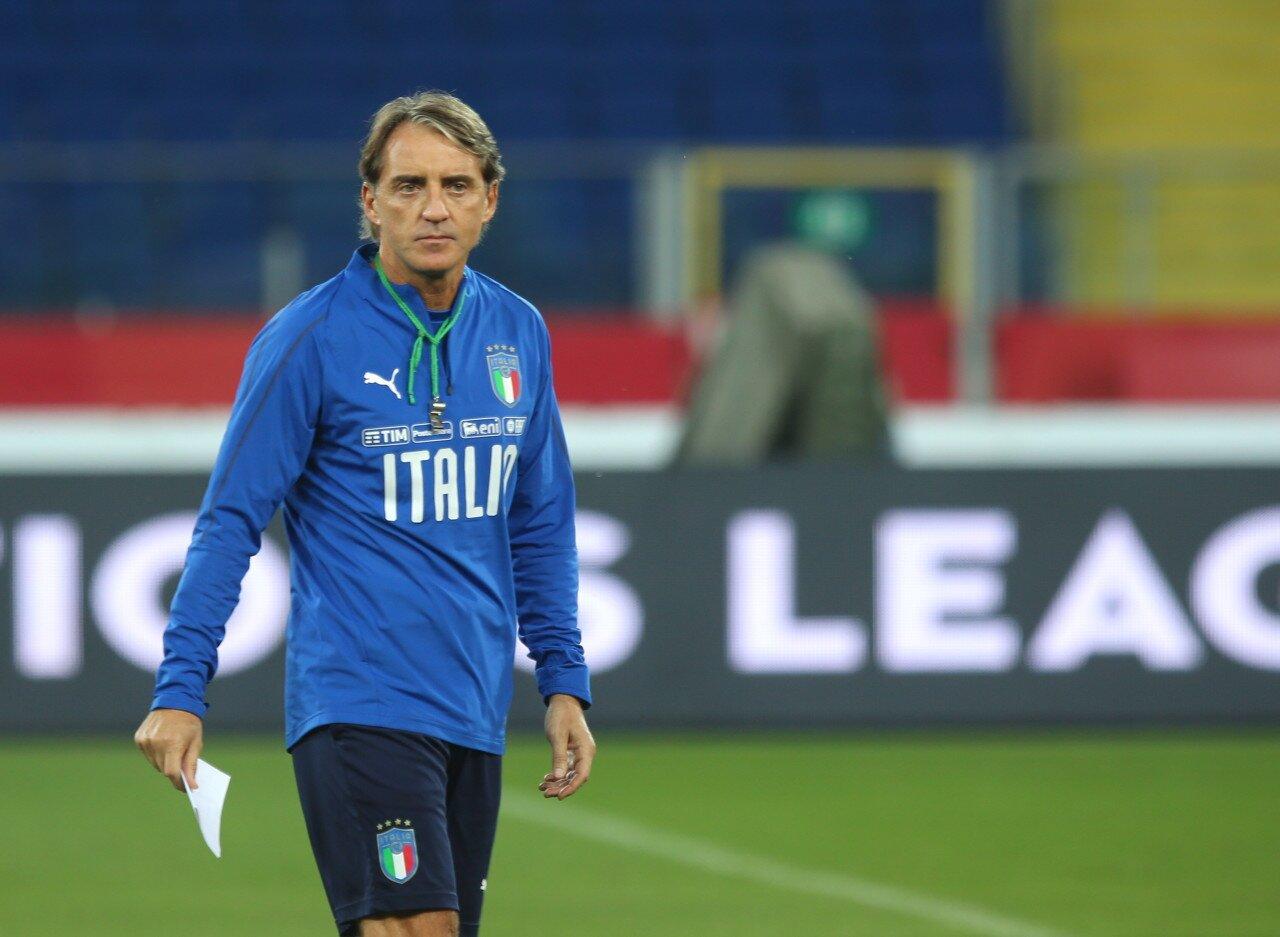 意大利连续9场零失球,距队史最长连续零丢球场次还差1场