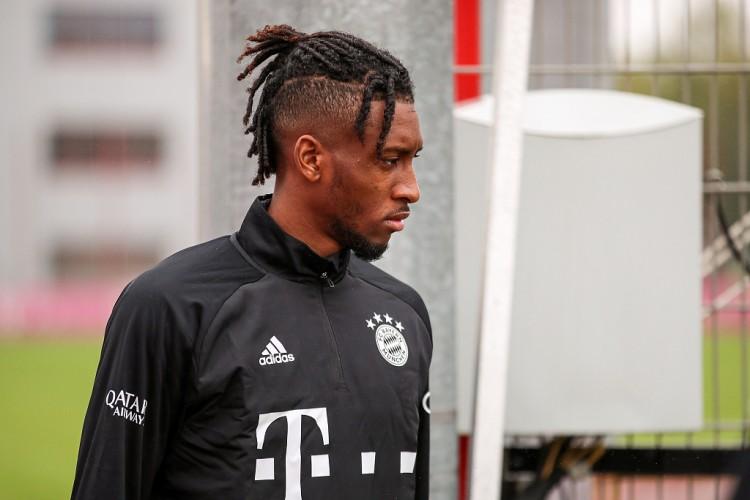 法尔克:续约谈判失败,拜仁准备以非常高的价格出售科曼