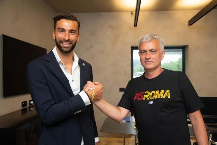 官方:罗马与帕特里西奥签约至2024年,转会费1150万欧+浮动