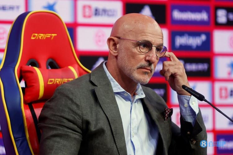 西班牙奥运队主帅:佩德里依然可以为我们贡献很多