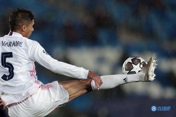 队报:瓦拉内转会曼联正在推进,转会费预计6000万欧
