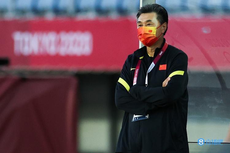 新华社:贾秀全与中国女足的合同到期 将通过选聘确定新教练